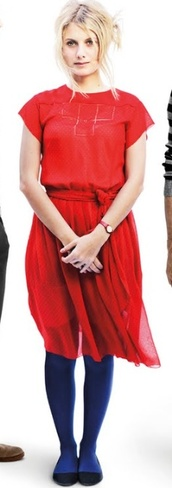 red dress,mélanie laurent,beginners,flowy,dress