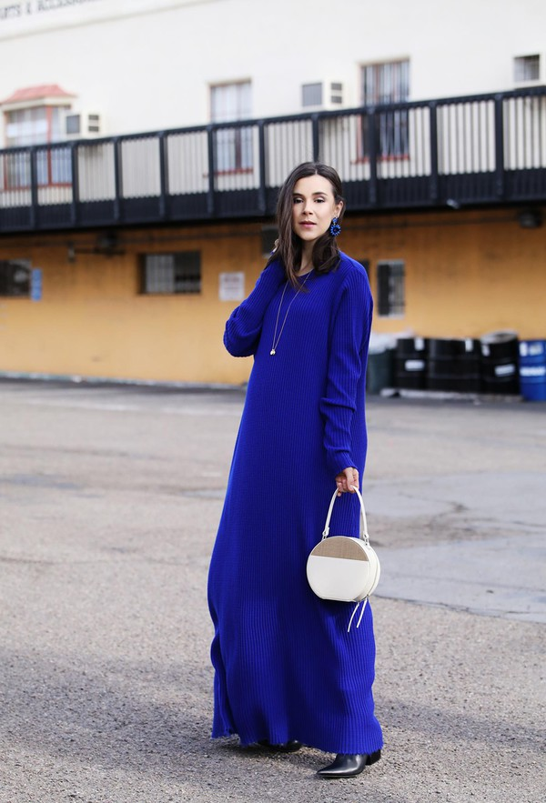 inspades blogger bag dress shoes jewels sweater dress maxi sweater round bag spring outfits