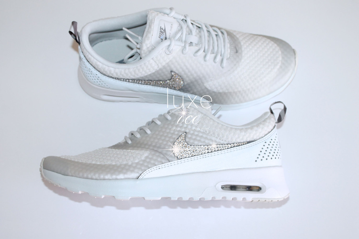 nike air max thea premium w swarovski kristalle detail. Black Bedroom Furniture Sets. Home Design Ideas