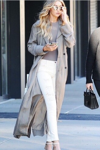 coat gigi hadid victoria's secret streetstyle grey coat long coat celebrity work outfits work outfits office outfits white jeans jeans white ripped jeans ripped jeans top grey top duster coat sandals sandal heels high heel sandals white sandals sunglasses mirrored sunglasses silver sunglasses model model off-duty celebrity style celebrity chicityfashion blogger