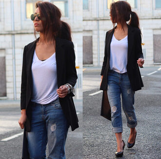 article 21 blogger blazer white t-shirt ripped jeans