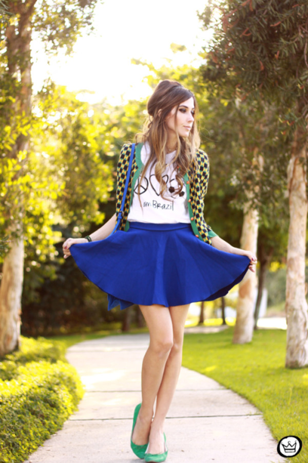 fashion coolture t-shirt cardigan skirt bag jewels