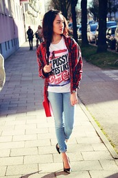 alessandra kamaile,t-shirt,jeans,shirt,shoes
