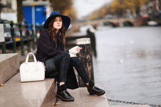 style scrapbook blogger coat hat tartan pants black shoes