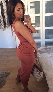 dress,red,burgundy,midi,maxi