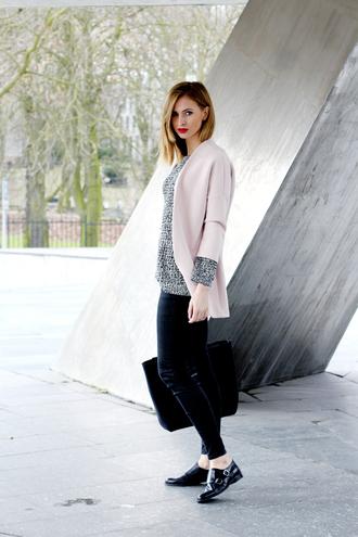 beauty fashion shopping blogger jacket pants skinny jeans handbag
