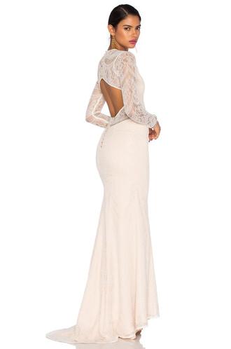 dress ceremony white