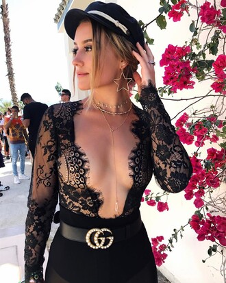 top tumblr hat black hat gold choker lace top black lace top v neck plunge v neck see through top see through long sleeves fisherman cap necklace gold necklace jewelry gold jewelry belt logo belt gucci gucci belt earrings gold earrings jewels choker necklace layered