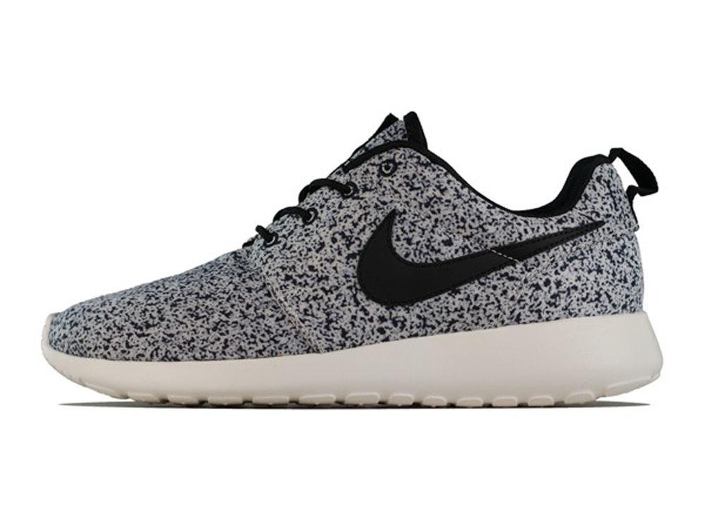 Nike Wmns Roshe Run Print Black Light Running rosherun fb Free S/H AU japan