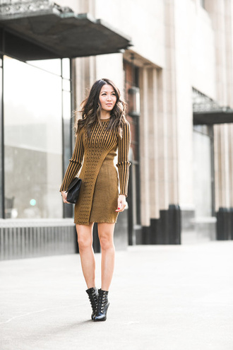 wendy's lookbook blogger dress shoes bag jewels printed knit dress mini knit dress long sleeves stripes striped dress fall outfits fall dress boots black boots