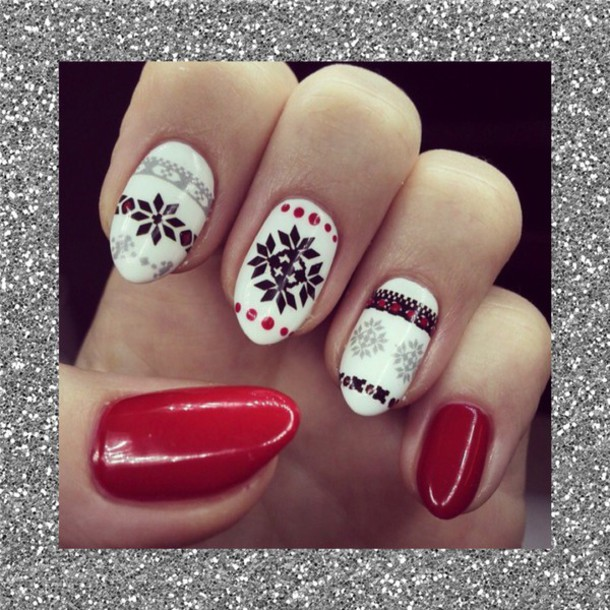nail polish christmas christmas nails tribal pattern red and black red and white black and white long nails tribal pattern snowflake wheretoget - Black Christmas Nails