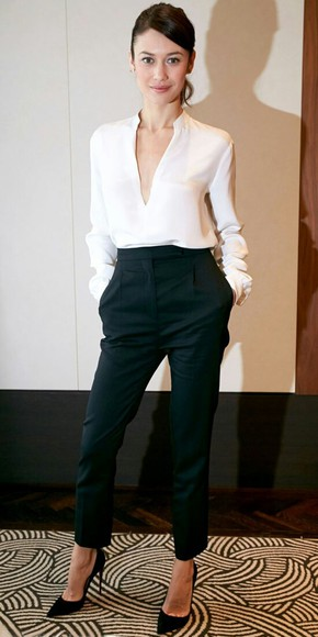 blouse white blouse shirt white shirt white black pants high waisted pants highwaisted shorts