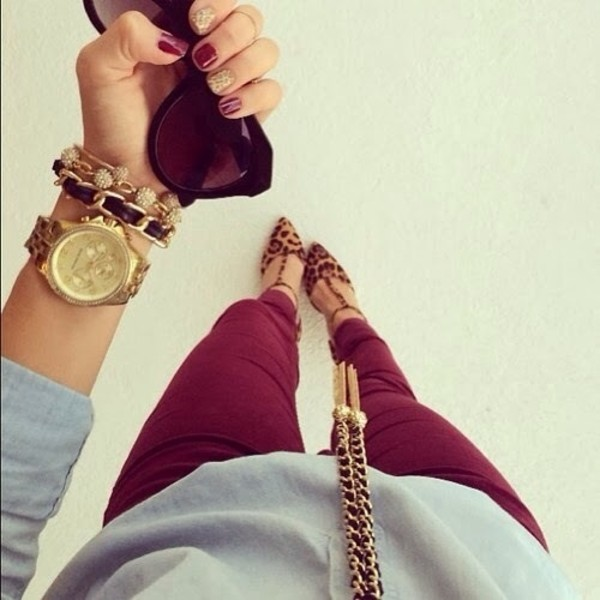 jeans red pants shoes jewels gold bracelet burgundy fall outfits winter outfits dark neutral colors neutral purple casual dressy