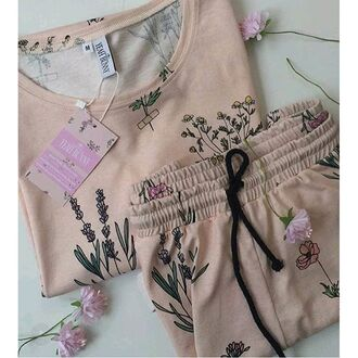 blouse yeah bunny cute pastel floral girly comfy pajamas retro boho smelly longsleeved t-shirt