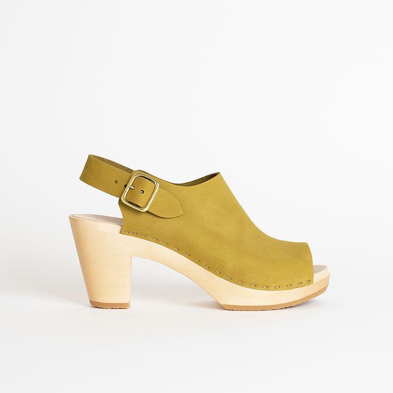 Suzie Spanish Toe Clog, High Heel