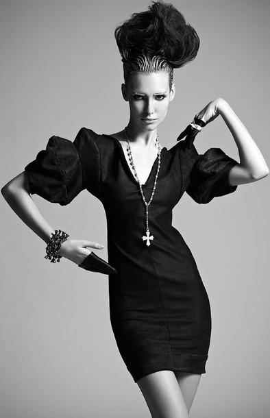 dress black dress hat gloves jewels