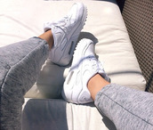 sports leggings,joggers,sweatpants,grey,nike,pants,white sneakers,leggings,shoes,white shoes,nike running shoes