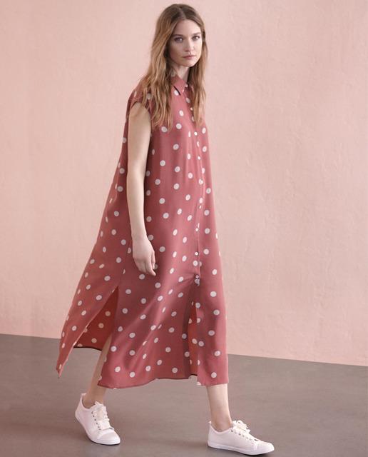 Vestido 100% seda con estampado de lunares