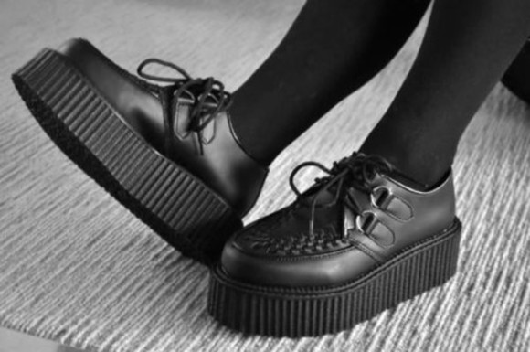 shoes platform shoes creepers matte heel