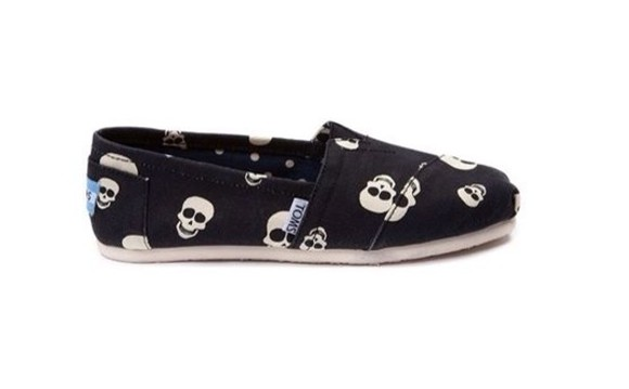 shoes toms skull cute girls girls sneakers punk