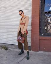 pants,cropped pants,wide-leg pants,ankle boots,blazer,belt,handbag,crocodile,sunglasses