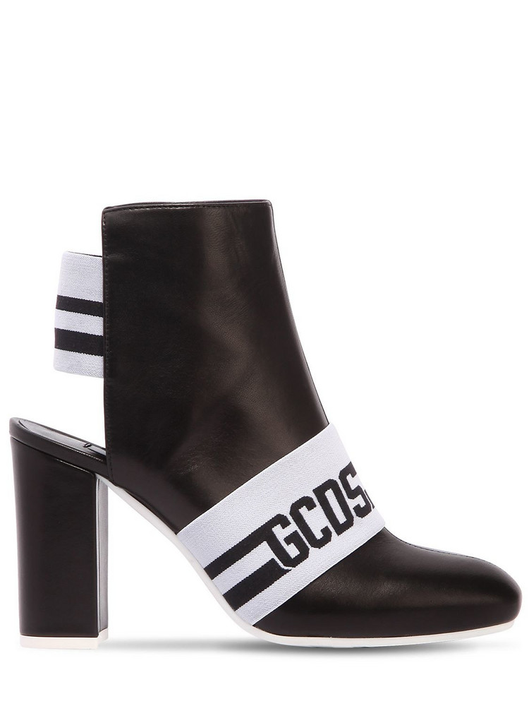 GCDS 100mm Leather Logo Ankle Boots in black / white