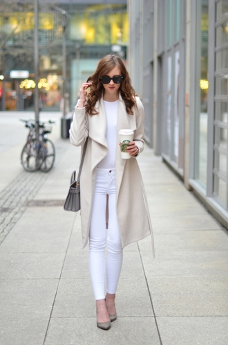 coat white and beige outfit white and beige beige coat top white top pants white pants pumps pointed toe pumps high heel pumps sunglasses black sunglasses winter outfits winter look bag nude bag white winter outfit