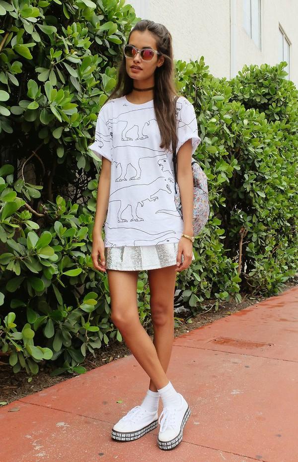 t-shirt white dinosaur