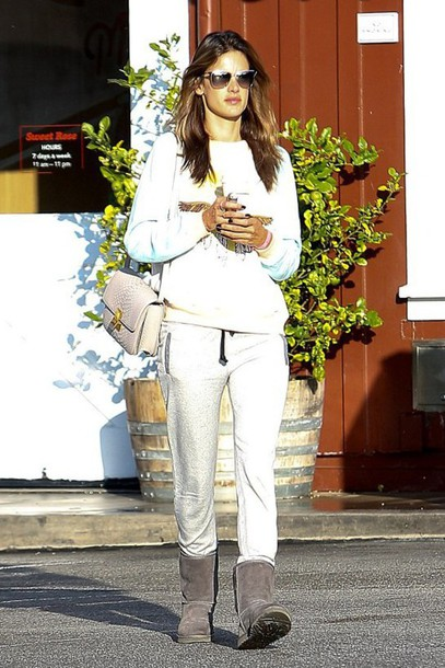 sweater alessandra ambrosio boots ugg boots shoes bag