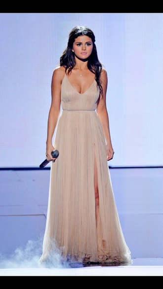 selena gomez nude dress slit dress dress american music awards