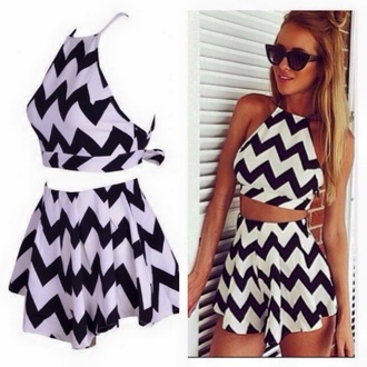 dress black and white zigzag two-piece skirt crop tops