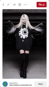 sweater,sweatshirt,black,eye,street goth,goth,pullover,long sleeves,shirt,oversized,oversized sweater,grunge