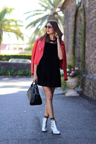 marilyn's closet blog blogger dress jacket shoes bag sunglasses