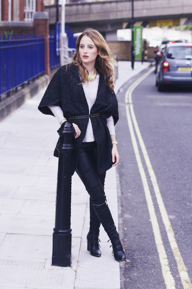 black boots blogger jewels cardigan at fashion forte Belt fall outfits leather pants