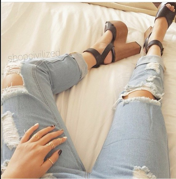shoes cute platform shoes black so cute! where do i get these? wood wedges wedges boyfriend jeans ripped/distressed/destroyed jean shorts i need that jeans