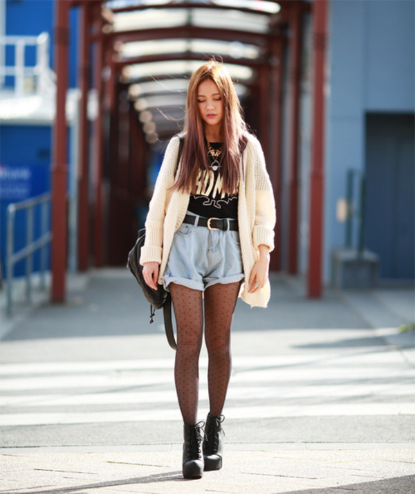 chloe ting blogger top cardigan shoes bag street style college lace boots laced boots denim shorts crop tops oversized cardigan student collegeoutfit outfit streetstyle