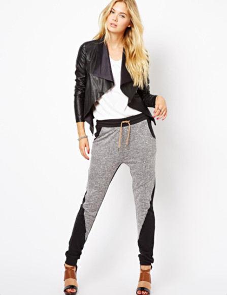 pants grey pants sport pants bicolor sweat pants, grey, stripes nike, free run, trainers, running, sport, athletic, white, grey, shoes, clothes sport sporty style