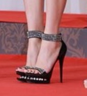 shoes,crystal,jihyo twice,twice,twice jihyo,black heels,sandal heels