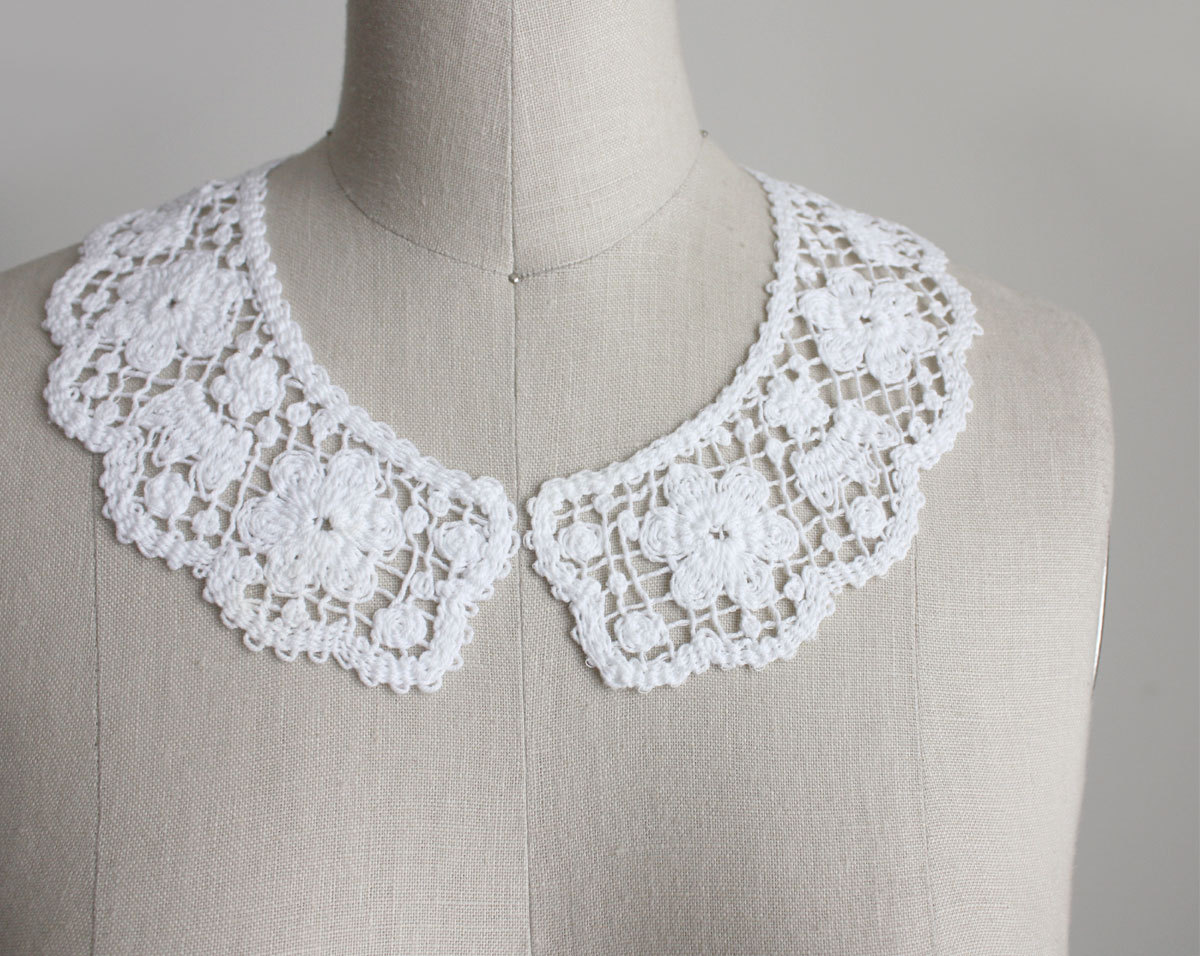 White Cotton Lace Crochet Peter Pan Collar