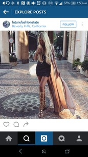 shoes,gold,metallic,sandals,gladiators,knee high sandals,strappy
