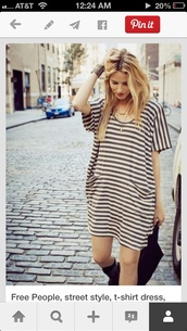 dress,looking for this loose fitting tshirt dress with pockets!,so stinking cute,tshirt and grey color