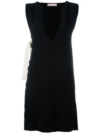 tunic sleeveless knit black top