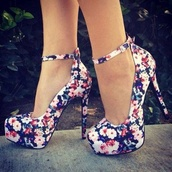 shoes,floral,heels,high heels,pumps,flower pattern,floral heels,floral high heels,flowered shoes,blue,flowers,cute shoes,floral shoes,fashion,cute,outfit,cute dress,dress,summer,navy,strappy heels,platform shoes,outside,flower shoes,girly,vintage,roses,platform high heels,stilettos,ankle strap,cute high heels,heels with straps,party,flowery heels,hight heels,hight,flower heels,accesoires,style,bag
