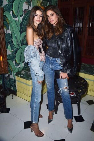 jeans top cindy crawford kaia gerber nyfw 2017 ny fashion week 2017 model off-duty pumps denim denim jacket