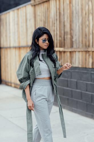 walk in wonderland blogger top pants jacket shoes