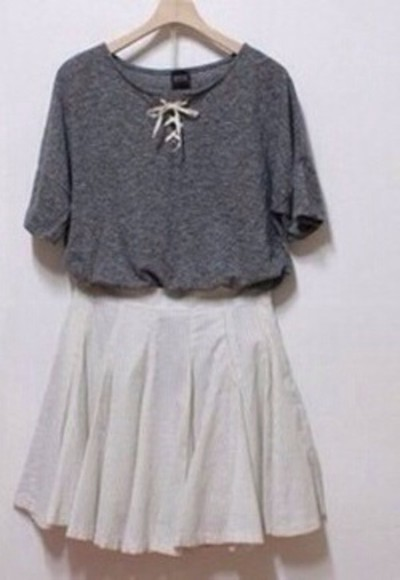 white bow top top grey t-shirt