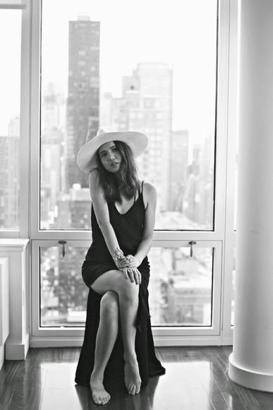 blogger maxi dress hat color me nana black dress