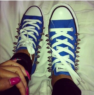 shoes spiked converses
