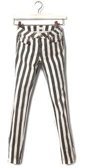 pants,black,white,stripes,striped pants,black and white