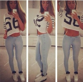 shirt pants shoes jeans t-shirt crop tops v neck light blue skinny jeans grape5 jersey shirt